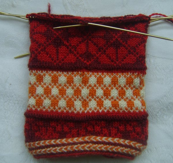 Latvonian_mitten_22_may